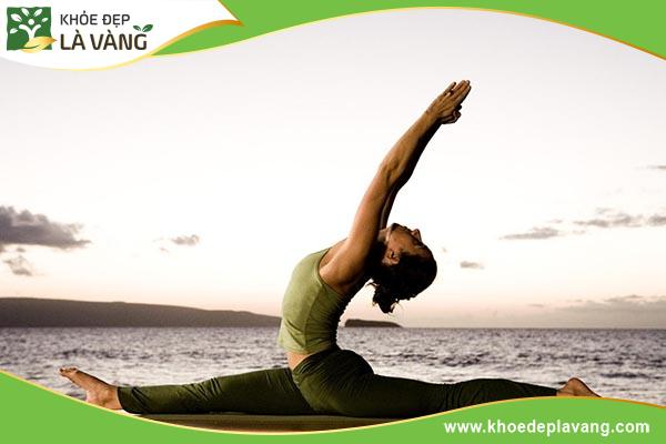 tap-yoga-dem-den-nhieu-loi-ich-doi-voi-suc-khoe
