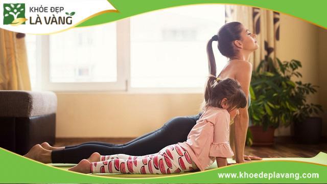 Bài tập rắn hổ mang giúp tăng cường sức mạnh cốt lõi giúp điều chỉnh tư thế