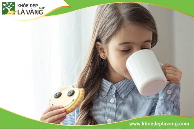 Uống sữa tăng chiều cao có tăng cân không [Đánh giá chi tiết]